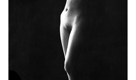 Aaron Siskind, Alice Beck 86, gelatin silver print, 1966